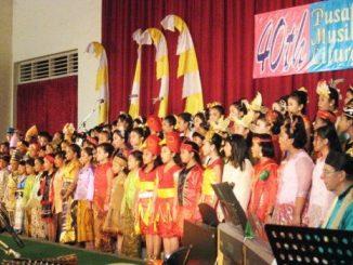Paduan Suara Vocalista Divina saat perayaan 40 tahun PML. [HIDUP/H. Bambang S.]