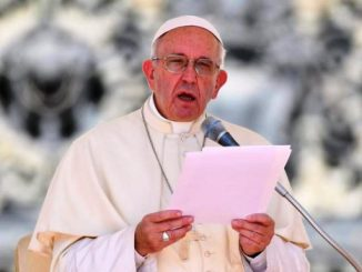 Paus Fransiskus menyerukan pesan perdamaian bagi Ukraina.[Radio Vatikan]