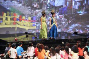 """Salah satu Adegan dalam drama musikal """"Sapta Kirana bagi Nusantara"""