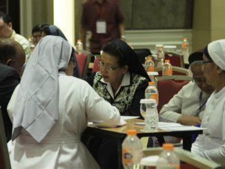 Suasana diskusi dalam Studi Bersama Majelis nasional Pendidikan katolik di Bandung 22-25/11 (HIDUP/Antonius E Sugiyanto)