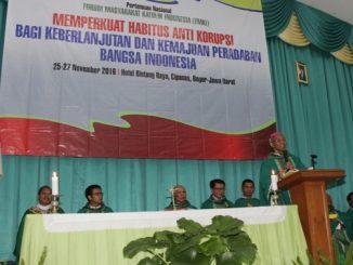 Uskup Bogor, Mgr Paskalis Bruno Syukur OFM memimpin Perayaan Ekaristi Pembukaan Pernas FMKI X (Foto: HIDUP/Yanuari Marwanto)