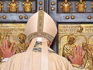 Paus Fransiskus menutup pintu suci Tahun Yubileum Kerahiman Allah.[News.va]