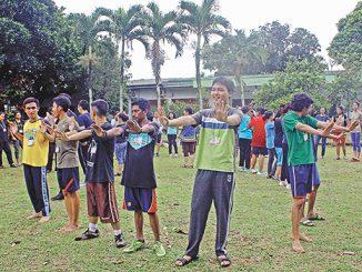 OMK wilayah Paroki Katedral Bogor sedang mengikuti Latihan Dasar Kepemimpinan (LDK).[HIDUP/Aloisius Johnsis]