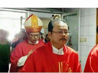 Mgr Samuel dalam sebuah Ekaristi bersama Mgr Ignatius Suharyo, Uskup Agung Jakarta (Dok. Maskendari)