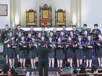 "Salah satu penampilan paduan suara bertajuk ""Harmony In God"".[HIDUP/Stefanus P. Elu]"