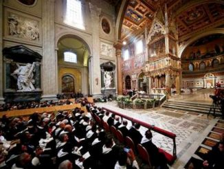 Suasana Misa Yubelium 800 tahun Dominikan di Basilika Santo Yohanes Lateran, Roma.