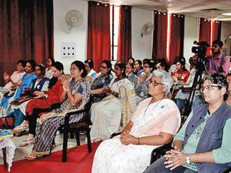 Para Suster Loreto mengikuti seminar dalam rangka 175 tahun karya mereka.[175.loretosasia.org]