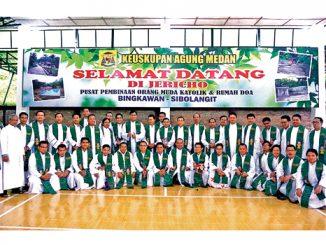 Para imam se-Sumatera di Pusat Pembinaan Orang Muda Jericho.[HIDUP/Jansudin Saragih]
