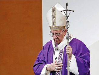Paus Fransiskus merayakan Misa di Capri, Italia Utara.[Radio Vatikan]