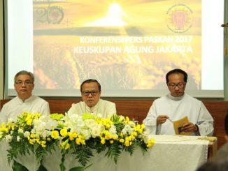 Mgr Ignatius Suharyo dalam konferensi pers Paskah di Gedung Karya Pastoral KAJ