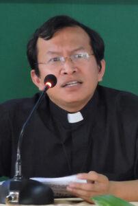 Romo Martin Chen Pr, keuskupan ruteng